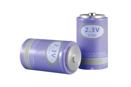 焊柱式钛酸锂电池